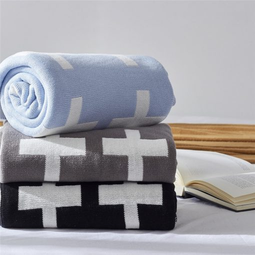1020 a94970 510x510 - throws, sale - Lovely Cross Printed Supersoft Knitted Cotton Throw Blanket